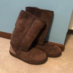 Classic Tall UGG Boot in Chocolate